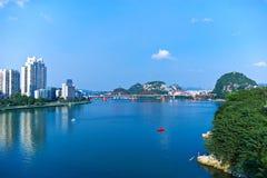 Река и мост Стоковое Фото