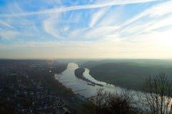 Река и небо Стоковое Изображение RF