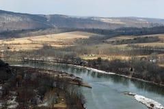 Река и поля Стоковые Изображения