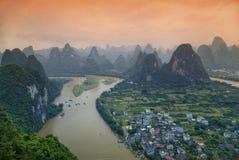Река и утесы Li в провинции Guangxi Стоковое Изображение RF