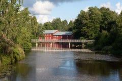 Река и ферма Стоковое Фото