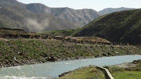 Река и холмы сток-видео