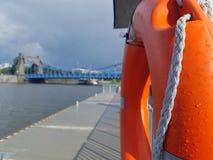 Река и lifebuoy стоковое изображение rf