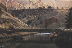 Река моста, горы Стоковое Изображение RF