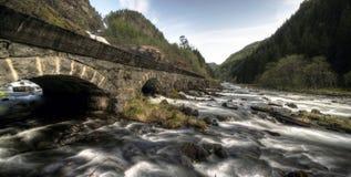 река Норвегии моста старое Стоковое фото RF