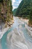 Река пропуская через ущелье в национальном парке Taroko Стоковое фото RF