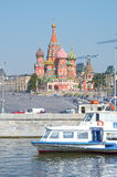 Река России Москвы пароход собора красная площадь Москвы Кремля базилика St Стоковые Изображения RF