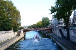 Река Сена рядом с Нотр-Дам Стоковое фото RF