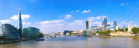 Река Темза в ландшафте Лондона Стоковые Фотографии RF