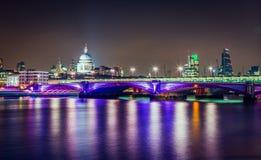 Река Темза Лондон Великобритания Стоковая Фотография