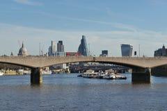 Река Темза Лондон моста Ватерлоо Стоковое Фото