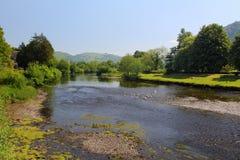 Река Conway, в лете, отлив Стоковые Фотографии RF