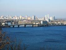Река Dnipro и город Киева Стоковое Фото