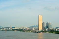 Река Hangang в Сеуле в лете в Корее Стоковые Изображения