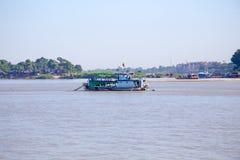Река Irrawaddy или река Ayeyarwady река которое пропускает fr Стоковое Фото
