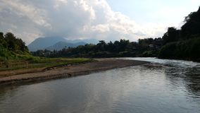Река Kan, Лаос стоковые изображения rf