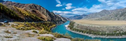 Река Katun бирюзы Стоковое Изображение RF