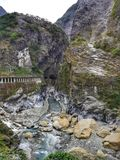 Река Liwu пропуская в ущелье Taroko в Тайване Стоковое Изображение