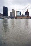 Река Maumee горизонта города Toledo Огайо городское стоковое фото rf