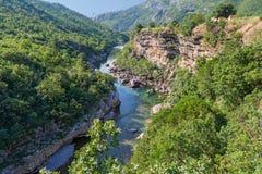 Река Moraca в Черногории Стоковое Фото