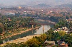 Река Nam Khan, Luang Prabang Стоковые Изображения RF