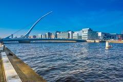 река samuel liffey dublin Ирландии моста beckett Стоковая Фотография