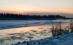 Река Tanana около Фэрбенкса в предыдущей зиме Стоковая Фотография RF