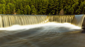 Река Ural с падениями стоковая фотография rf