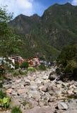 Река Urubamba или Willkanuta около Пуэбло Machu Picchu Перу Стоковая Фотография RF