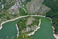 Река Uvac в Сербии стоковая фотография rf