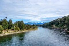 Река Waiau - Fiordland - Новая Зеландия Стоковое Изображение