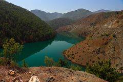 Река Zamanti в Kayseri, Турции стоковая фотография rf