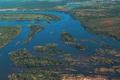 Река Zambezi от воздуха стоковые фото