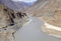 Река Zanskar, Ladakh, Индия Стоковая Фотография RF
