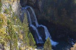 Реки горы в природном парке Posets-Maladeta, испанском языке Пиренеи Стоковая Фотография RF