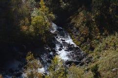 Реки горы в природном парке Posets-Maladeta, испанском языке Пиренеи Стоковое Изображение