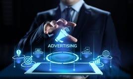 Рекламировать выходя на рынок концепцию дела роста продаж на экране стоковое изображение rf
