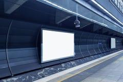 Рекламировать табло станции метро стоковое изображение rf
