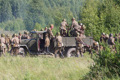 Реконструкция сражения Второй Мировой Войны стоковые фото