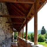Реконструкция фантазии средневекового дворца в деревне Racos, Трансильвании Стоковое Фото