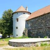 Реконструкция фантазии средневекового дворца в деревне Racos, Трансильвании Стоковое Изображение
