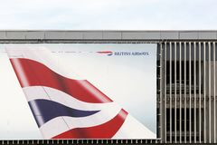 Реклама British Airways на стене Стоковое Фото