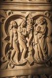 Религиозные скульптуры высекли в мраморе на готической церков Sainte-Chapelle в Париже стоковые фотографии rf