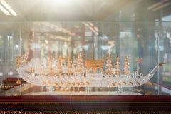 Ремесленничество от стеклянный дуть стоковые фотографии rf