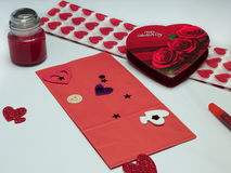 Ремесла дня валентинки - подарок для мамы Стоковые Фотографии RF