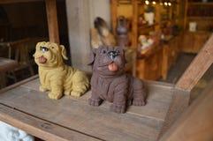 Ремесла Chaozhou керамические Милая диаграмма собаки Стоковое Фото