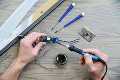 Ремонтировать электропитание Стоковая Фотография