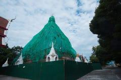 Ремонты пагоды в виске Таиланда Стоковое фото RF