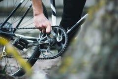 Ремонт велосипеда Стоковые Фотографии RF