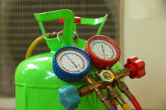Ремонт кондиционера воздуха Стоковая Фотография RF